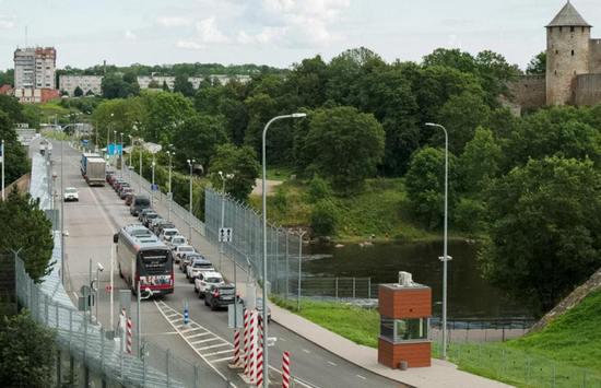 Что необходимо знать для въезда в Эстонию из России? Нюансы контроля на границе - Путешествуем по Эстонии