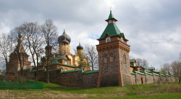 Пюхтицкий монастырь в Эстонии - Путешествуем по Эстонии